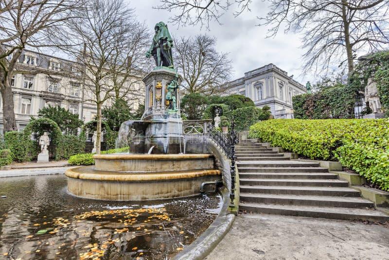 La fontaine des comptes d'Egmont et de Hornes à Bruxelles photos stock