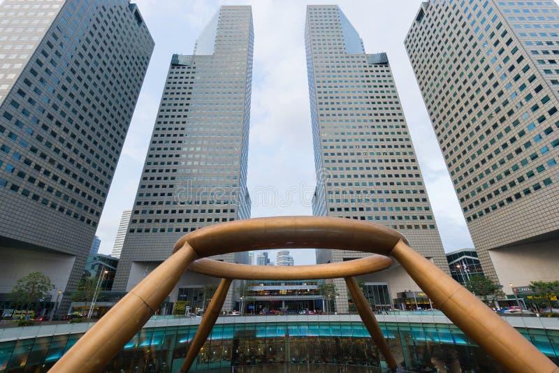 La fontana del punto di riferimento di Singapore di ricchezza al viale del quadrato di città di Suntec è la più grande fontana a  immagini stock