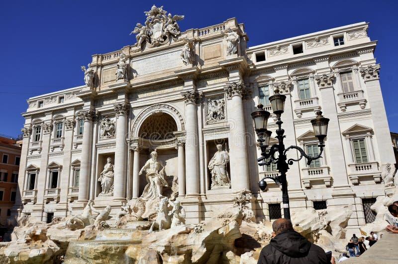 La fontana storica di Trevi fotografia stock