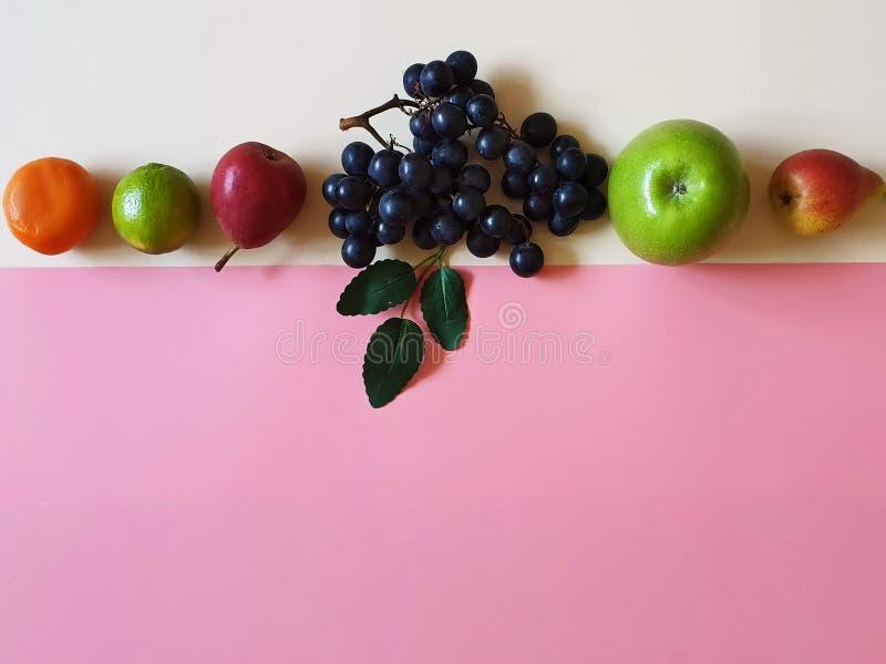 La forma de vida sana todavía da fruto la comida m de Eco del vegano de la vida del concepto del fondo de Apple fotografía de archivo