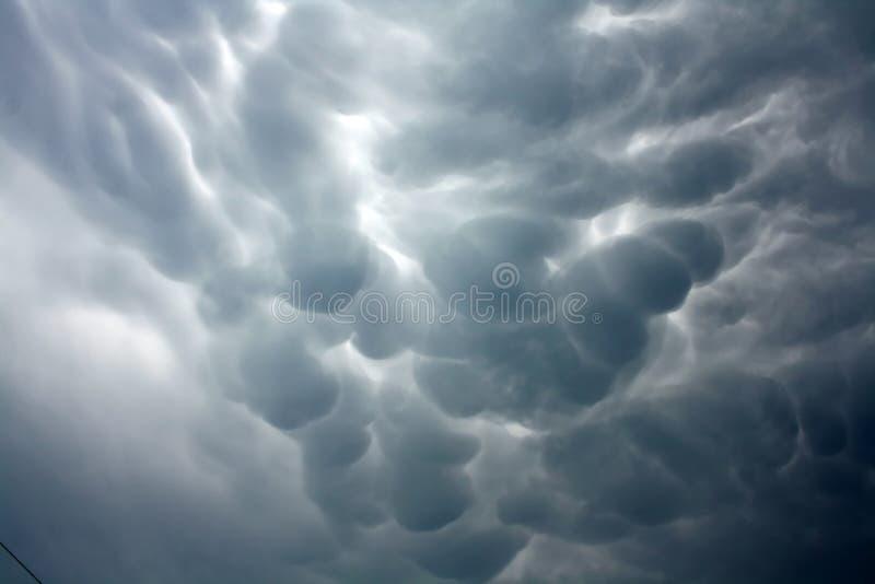 Nubes de Mammatus imagen de archivo libre de regalías