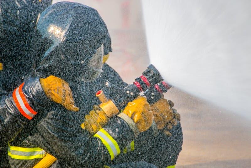 La formation du sapeur-pompier images libres de droits