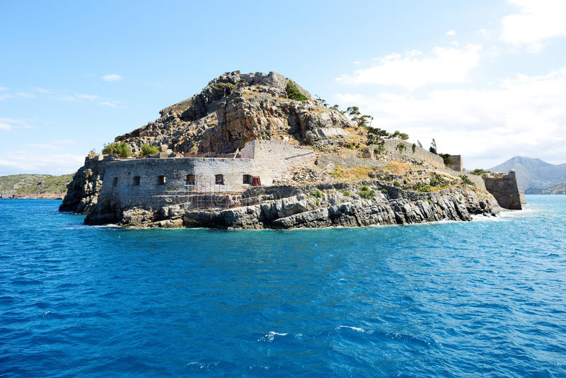 La fortaleza en la isla de Spinalonga fotografía de archivo libre de regalías