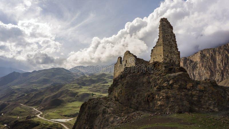 La fortaleza en las montañas fotos de archivo libres de regalías