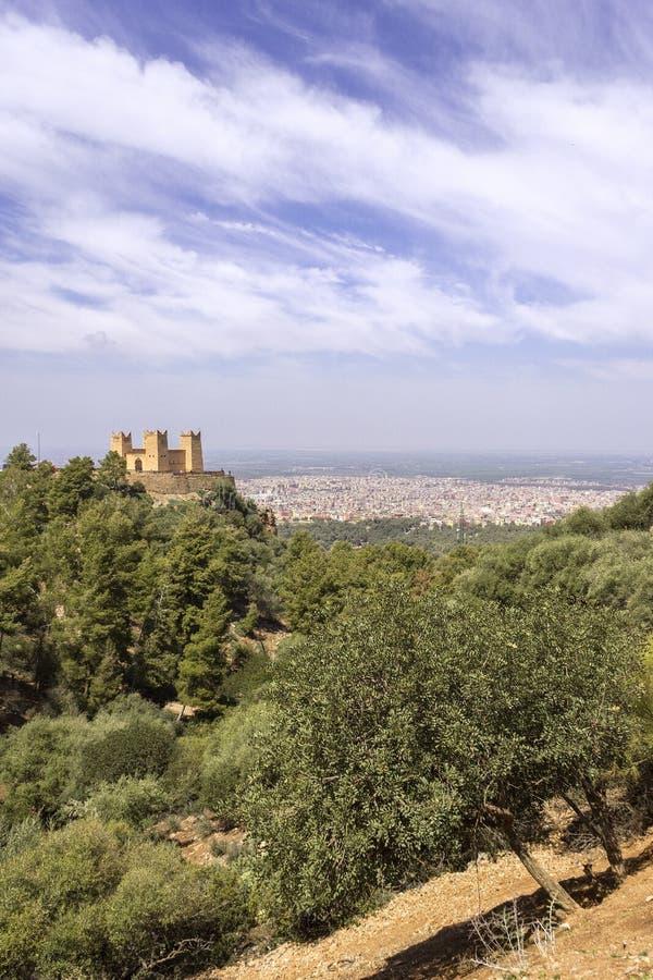 La forteresse a appelé Kasbah Ras el-Ain, dans Asserdoun, Beni Mellal photos libres de droits