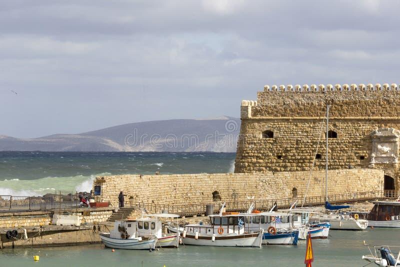 La fortezza veneziana ha chiamato Koules nel porto di Candia, in Creta Grecia fotografia stock libera da diritti