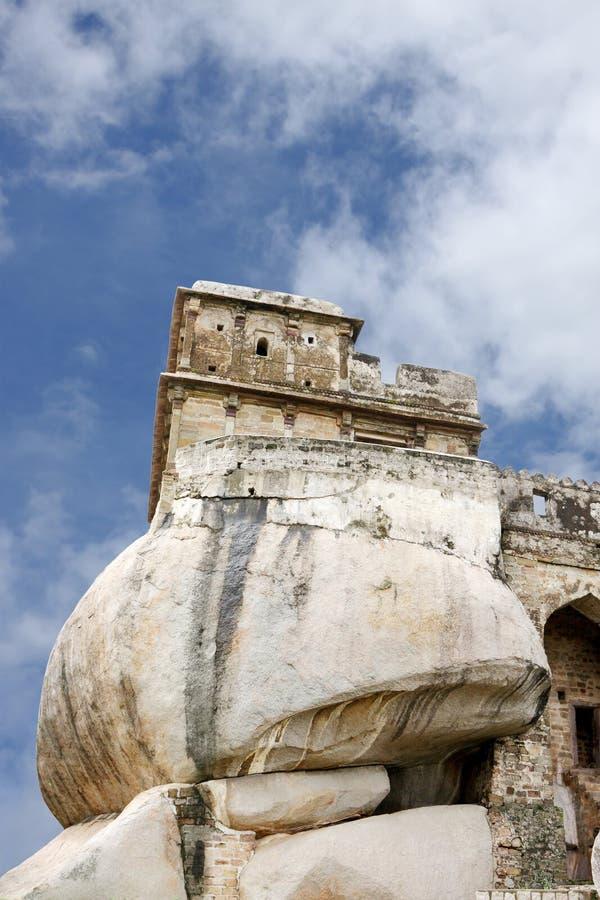 Primo piano del masso massiccio che fa parte zona orientale di Madan Mahal fotografia stock libera da diritti