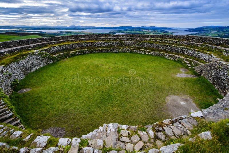 La fortificazione di pietra del ¡ n di Grianà di Aileach immagini stock