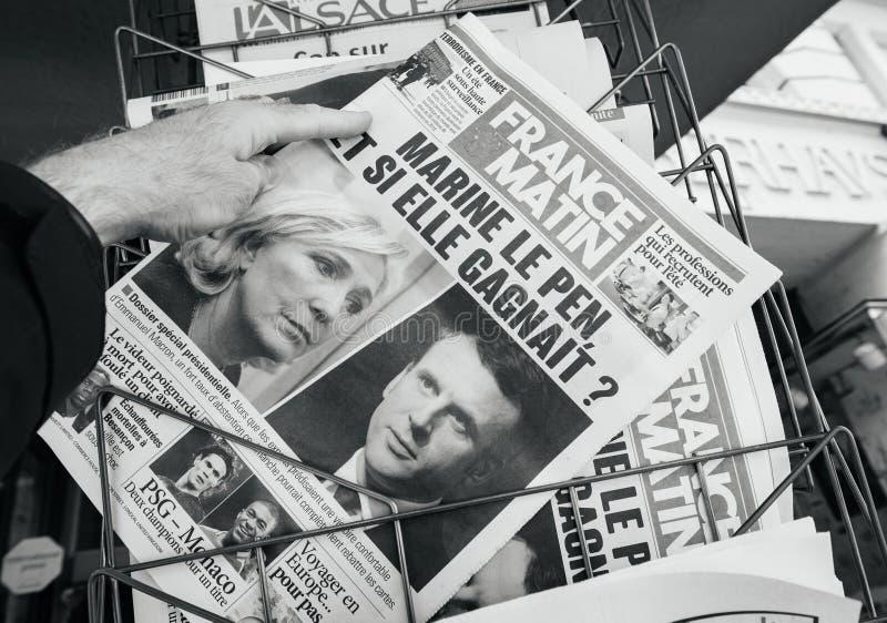La Francia Matin con Emmanuel Macron e Marine Le Pen sulla copertura fotografia stock libera da diritti