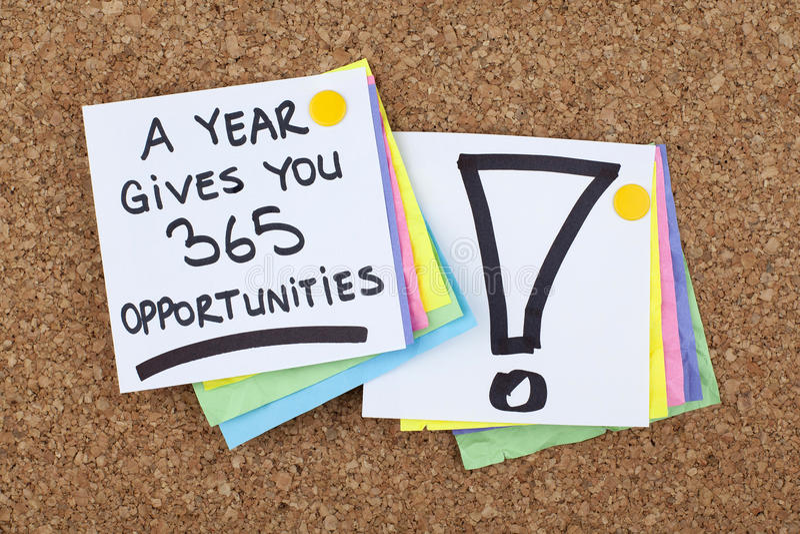 La frase de motivación del negocio/un año le da 365 oportunidades fotografía de archivo libre de regalías