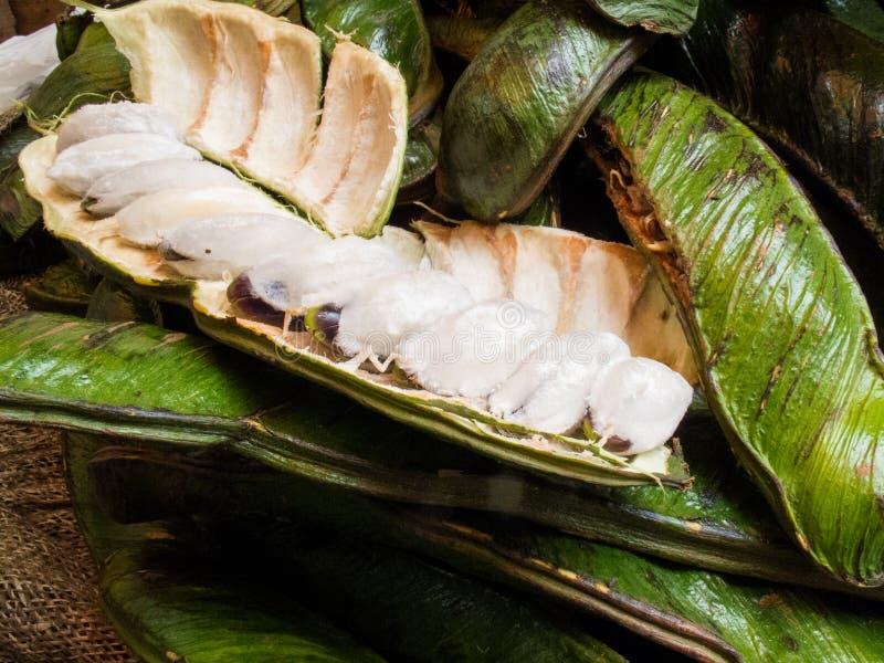 La frutta tropicale esotica ha chiamato il guama fotografia stock