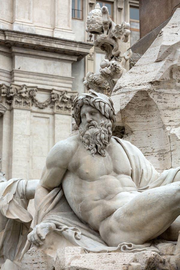 La fuente de los cuatro ríos - plaza Navona, Roma, imagenes de archivo