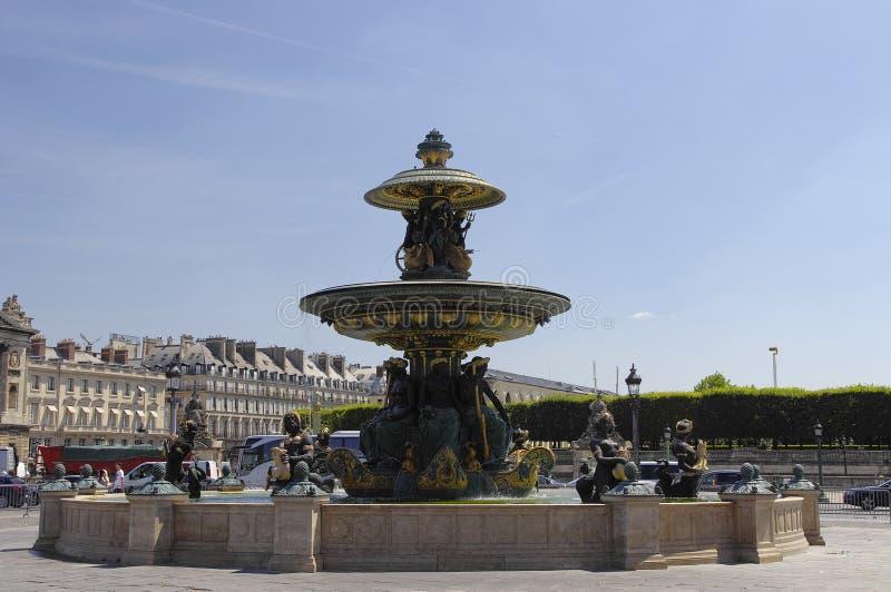 La fuente en la plaza de la Concordia fotografía de archivo libre de regalías