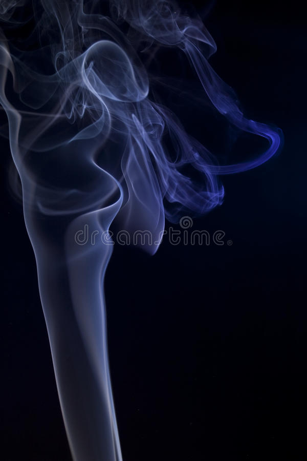 La fumée bleue artistique sonne #4 photos stock