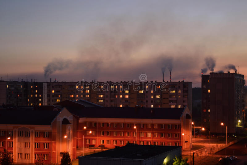 La fumée de l'usine photographie stock libre de droits
