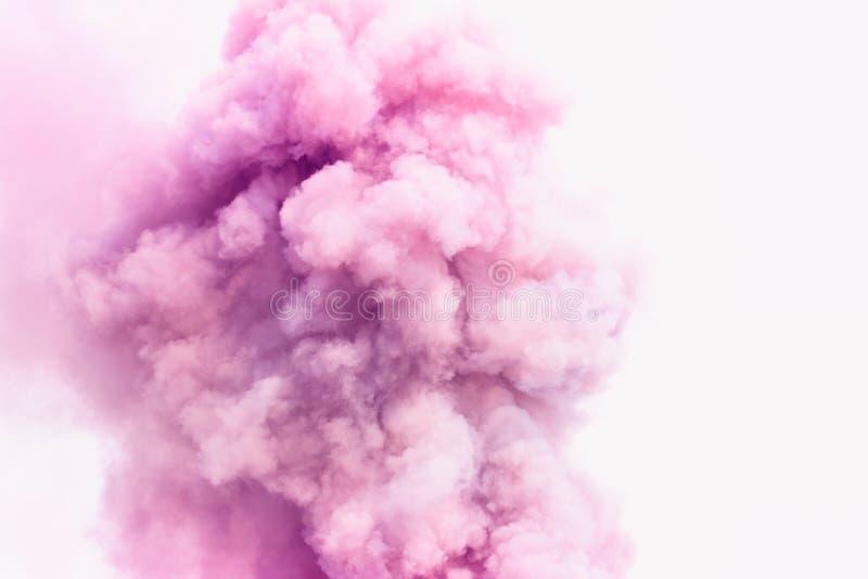 La fumée rose aiment le fond de nuages image libre de droits
