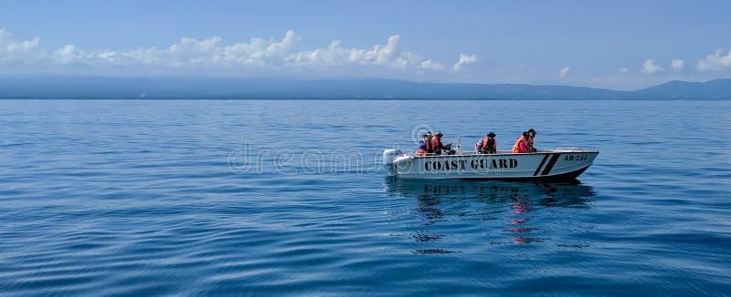 La garde côtière en service photographie stock