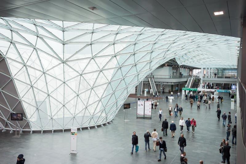 La gente all'Expo 2013 Made a Milano, Italia fotografia stock