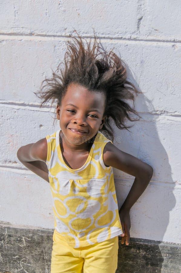 La gente del mondo - giovane ragazza africana immagine stock