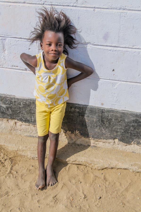 La gente del mondo - giovane ragazza africana fotografie stock