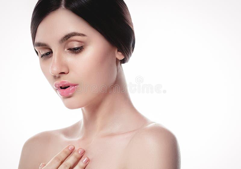 La gente, ritratto del fronte della donna di bellezza Spirito di modello di Girl della bella stazione termale immagine stock