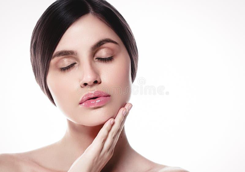 La gente, ritratto del fronte della donna di bellezza Spirito di modello di Girl della bella stazione termale fotografie stock libere da diritti