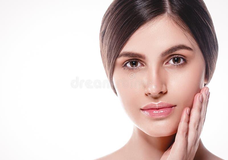 La gente, ritratto del fronte della donna di bellezza Spirito di modello di Girl della bella stazione termale fotografia stock libera da diritti