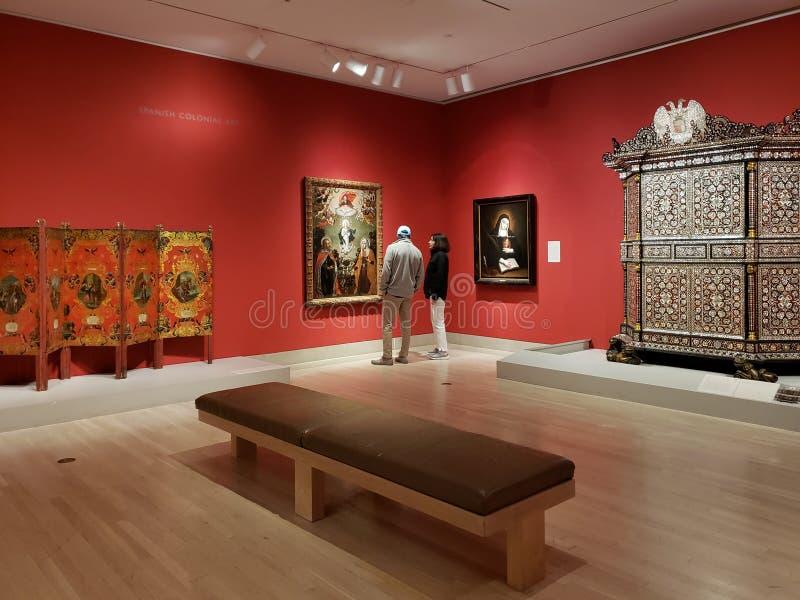 La gente visita Dallas Museum delle arti TX U.S.A. immagini stock libere da diritti