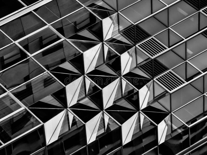 La geometria nell'architettura in bianco e nero, dettaglio fotografia stock libera da diritti