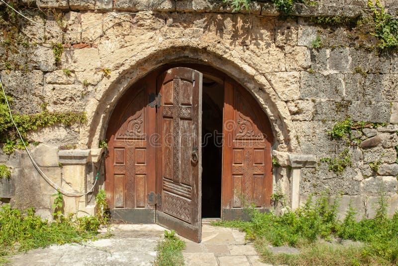 La Georgia, Martvili monastero del 1° settembre 2018 è un complesso monastico georgiano Cattedrale di Martvili-Chkondidi immagini stock