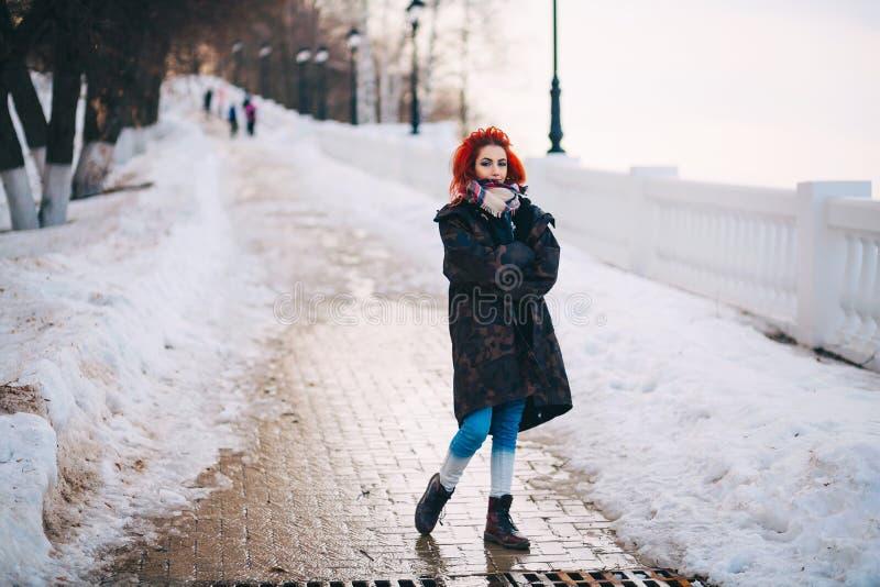 La giovane donna fotografie stock libere da diritti