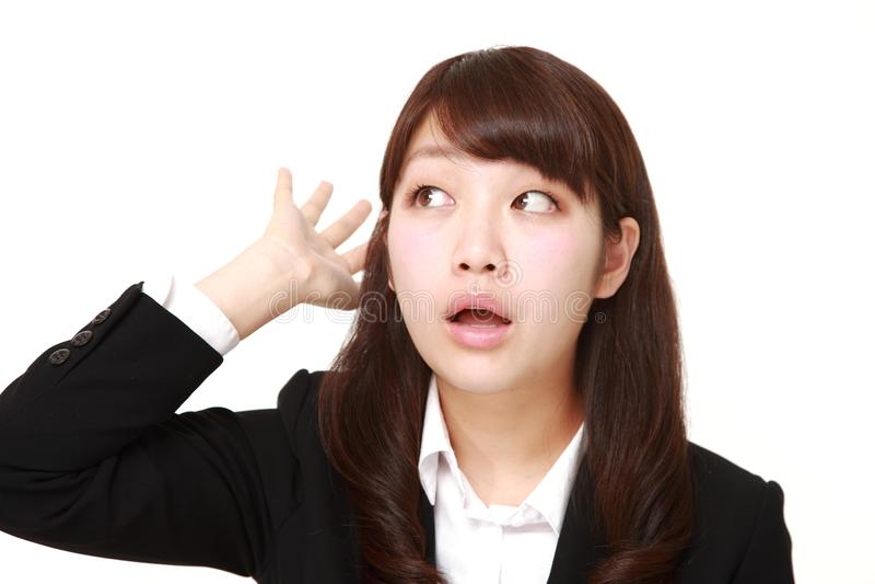 La giovane donna di affari giapponese ha perso la sua memoria fotografia stock