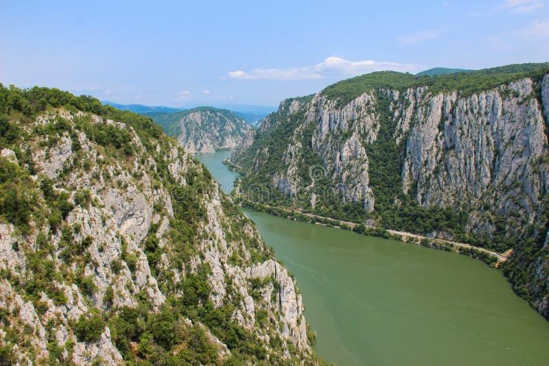 La gola di Danubio - Cazanele Dunarii fotografie stock