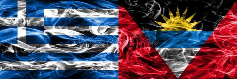 La Grèce contre des drapeaux de fumée de l'Antigua-et-Barbuda placés côte à côte T illustration libre de droits