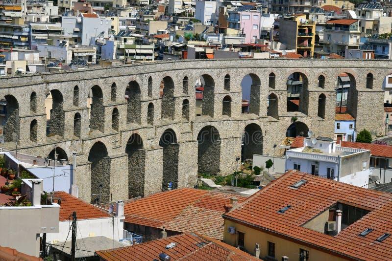 La Grèce, Kavala, aqueduc photographie stock libre de droits