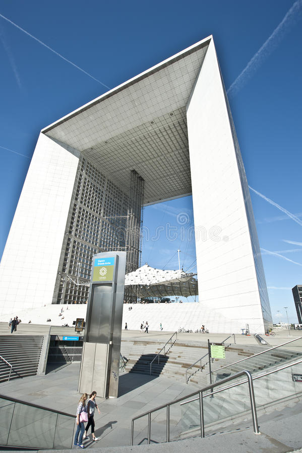 LA GRANDE ARCHE, LA DEFENSE, PARIS stock photos