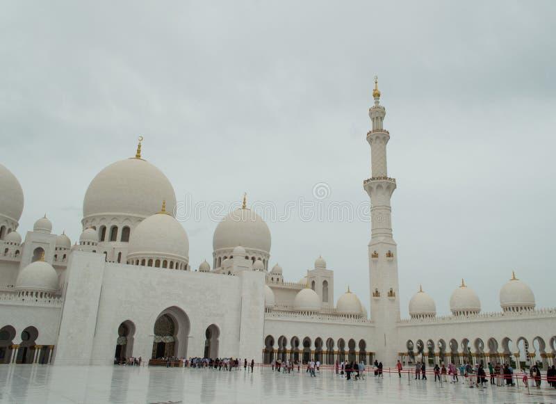 La grande moschea di Abu Dhabi fotografia stock libera da diritti