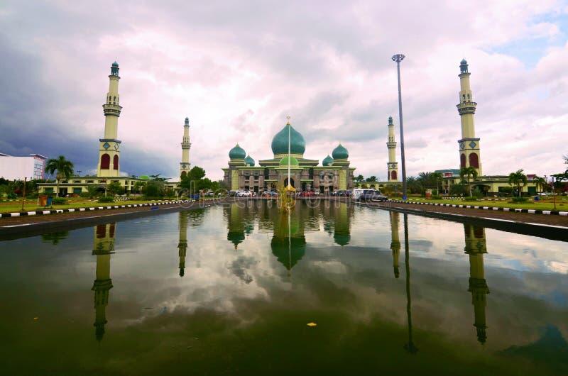 La grande mosquée de Riau, Pekanbaru, Sumatra images libres de droits