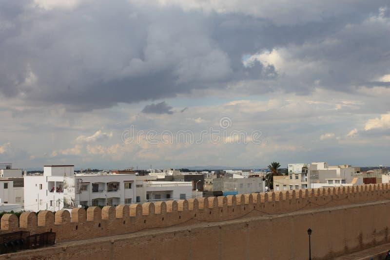 La grande ville de Kairouan, également connue sous le nom de mosquée d'Uqba, la Tunisie images libres de droits