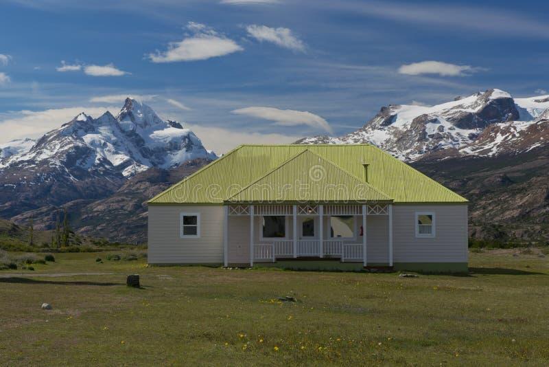 La granja de Estancia Cristina en parque nacional del Los Glaciares imagen de archivo libre de regalías