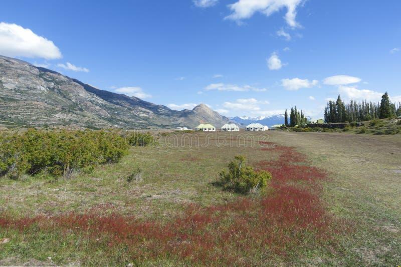 La granja de Estancia Cristina en parque nacional del Los Glaciares Patagonia, la Argentina imagen de archivo libre de regalías