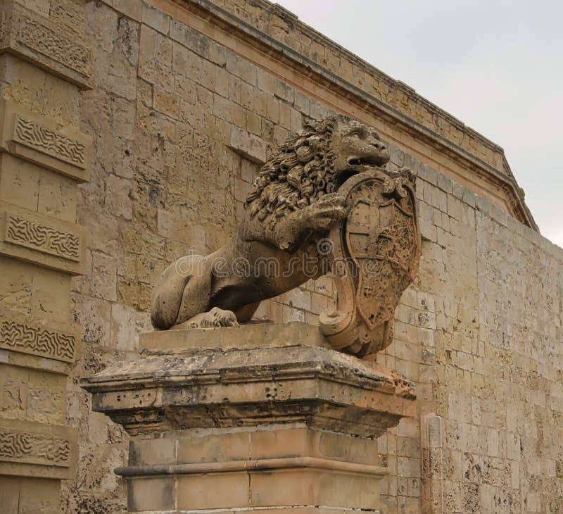 La guardia del leone fotografia stock libera da diritti