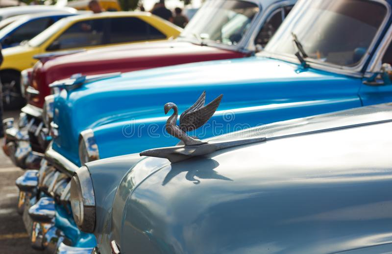 La Havane, Cuba 8 février 2018 - haut étroit de rétros voitures photos libres de droits