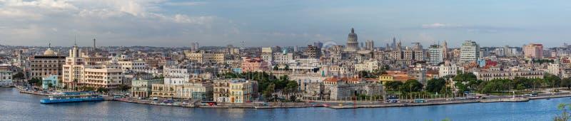 LA HAVANE, CUBA - 17 octobre - panorama de rivage historique de La Havane, Cuba le 27 octobre 2015 image libre de droits