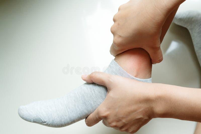 cuidado de heridas en las piernas