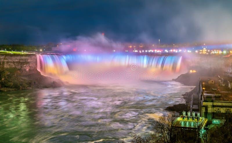 La herradura cae, también conocido como caídas del canadiense en Niagara Falls foto de archivo libre de regalías