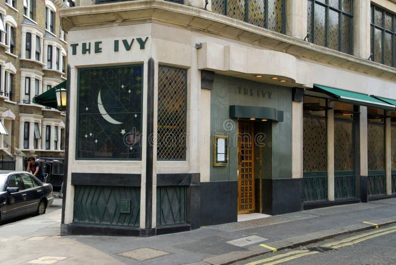 La hiedra, calle del oeste, Londres, Gran Bretaña fotografía de archivo libre de regalías