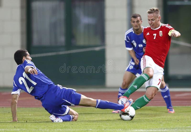 La Hongrie contre les parties de football amicales de l'Israël images libres de droits