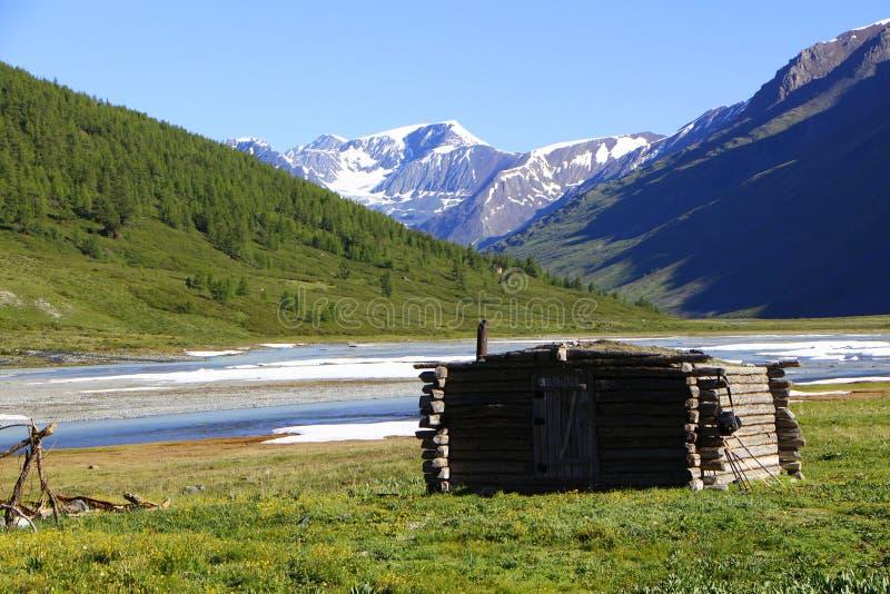 La hutte du chasseur image libre de droits