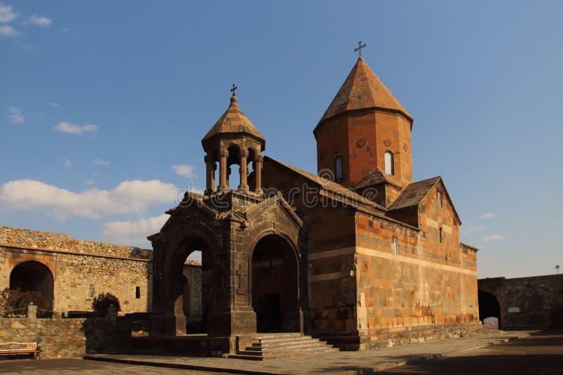 La iglesia de la madre santa de dios en el monasterio de Khor Virap, Armenia imágenes de archivo libres de regalías